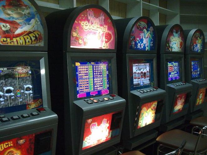 Разнообразие слотов и автоматов в виртуальном казино Goldfishka